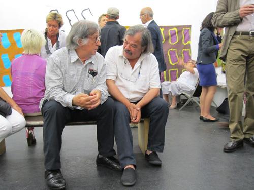 Claude Viallat et Jacques Maigne, auteurs du livre Conversations avec Claude Viallat.