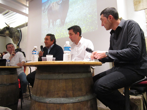 Campos y Ruedos autour de Fernando Cuadri